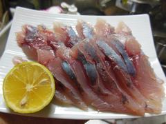 ツムブリ刺身と寿司 (21).jpg